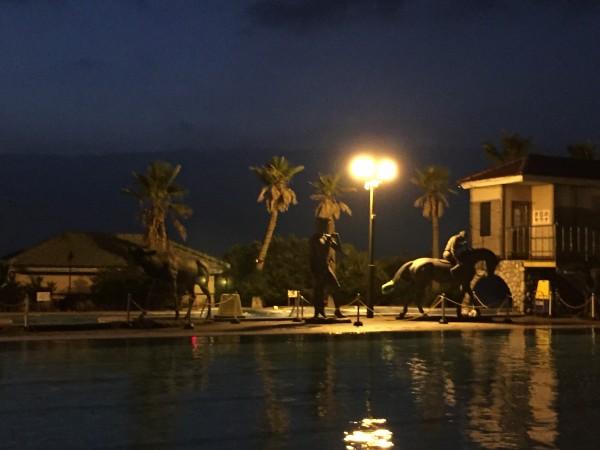 竜宮城、夜景